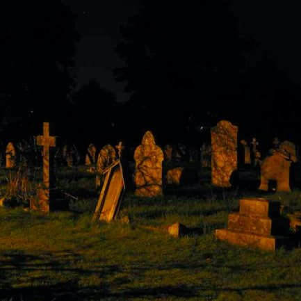 HISTORY AND HALLOWEEN TOUR